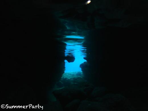 伊良部島「青の洞窟」
