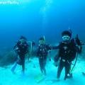 ヤビジで体験ダイバーと一緒にダイビング