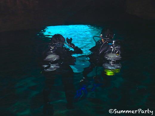 伊良部島 ダイバー限定青の洞窟