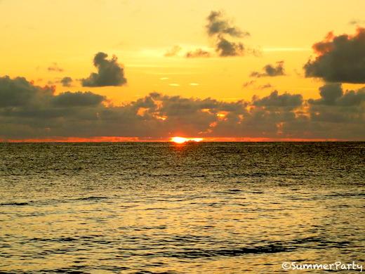 長間浜からの夕陽